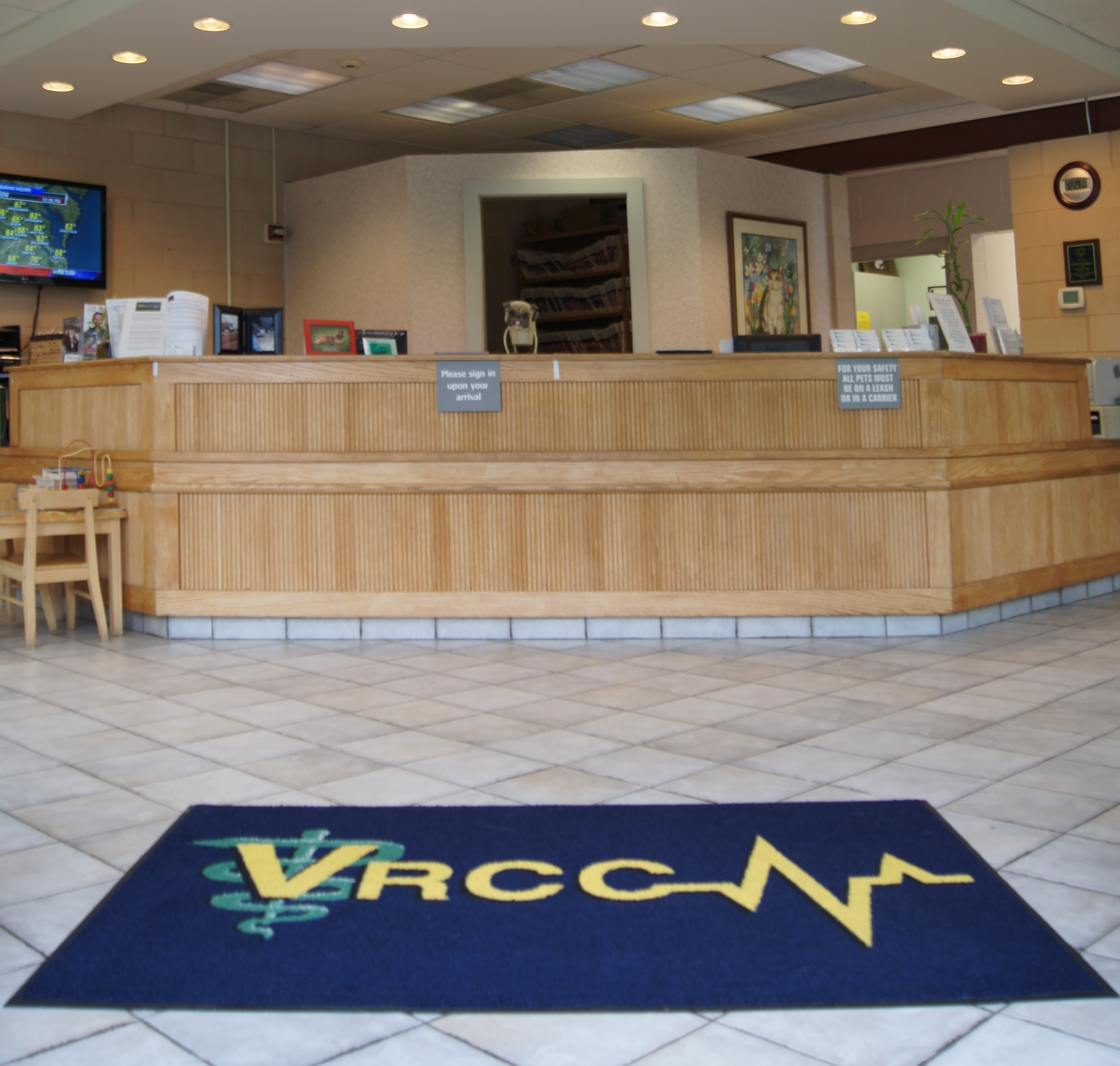 Veterinary Referral and Critical Care photo of front desk reception area